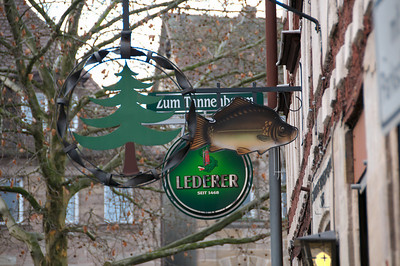 "Inn sign of restaurant ""Zum Tannenbaum"", Helmstr., Fürth"